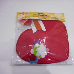 Felt Heart Kit