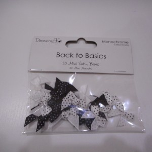 back to basics polka dot bows